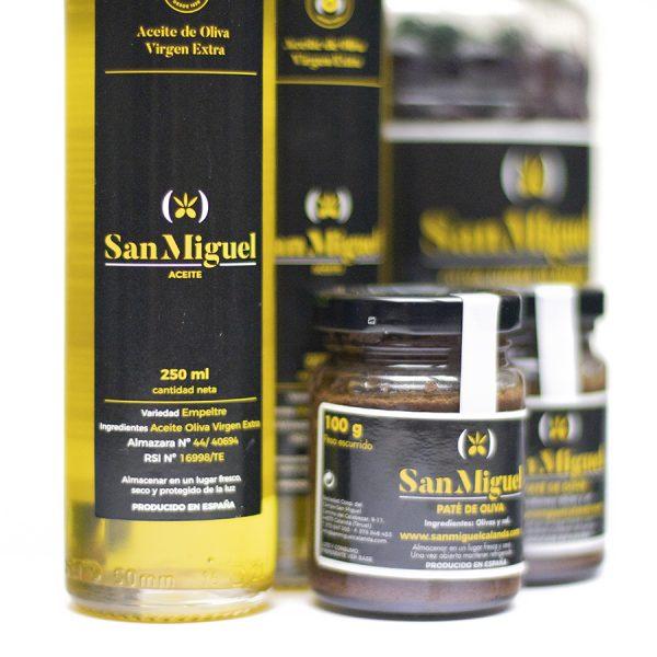 Lote de productos aceite, paté y aceitunas